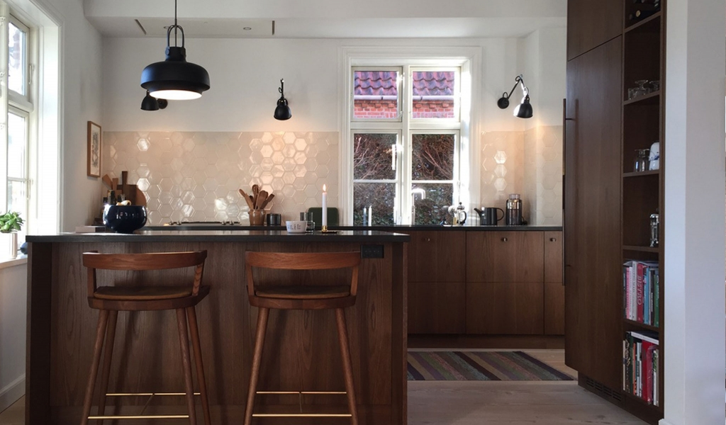 Aubade is a perfect colour for this fumed oak kitchen. We love the detail in the corner to the right.
